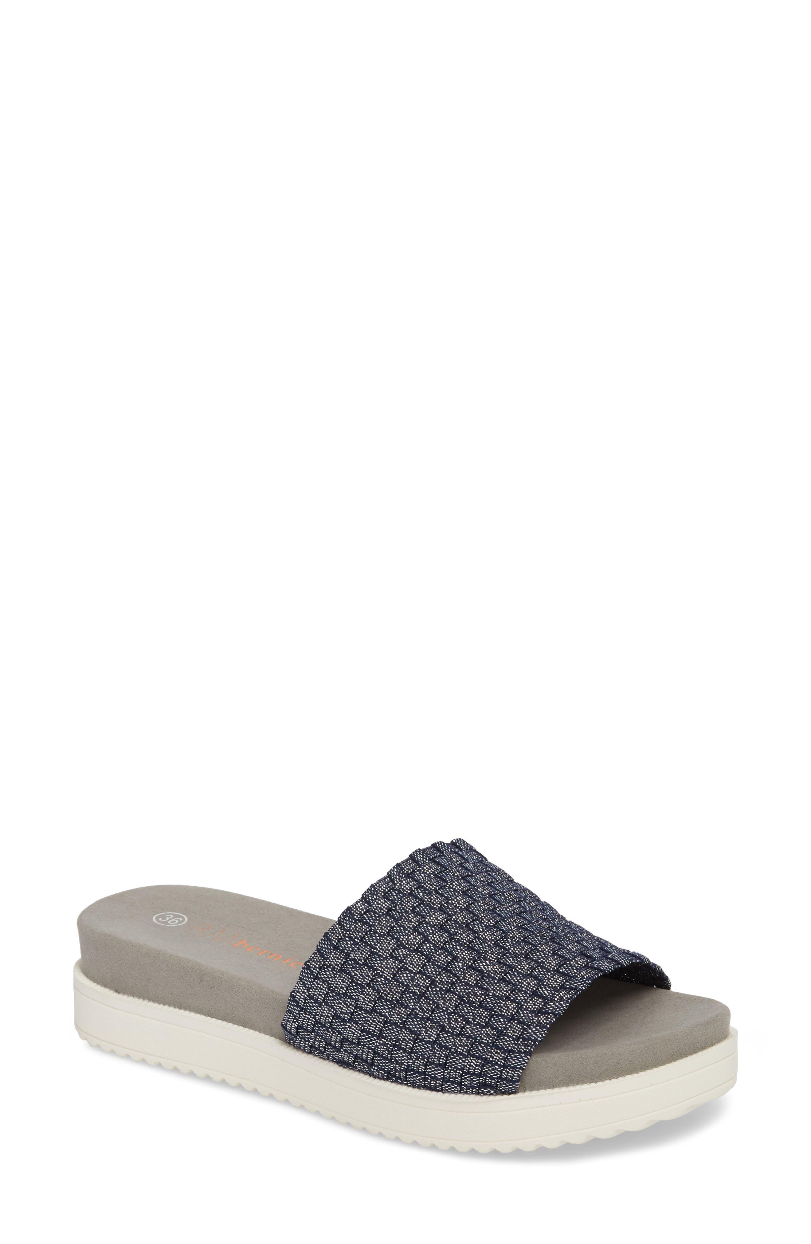 . Capri Slide Sandal