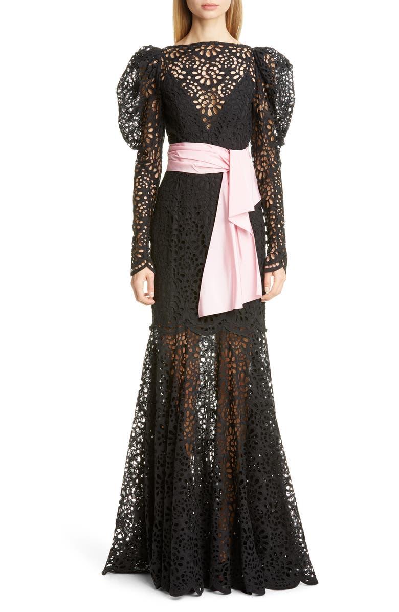 CAROLINA HERRERA Puff Sleeve Lace Gown, Main, color, 001