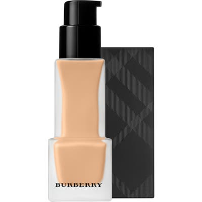 Burberry Beauty Burberry Matte Glow Foundation - 040 Light Cool