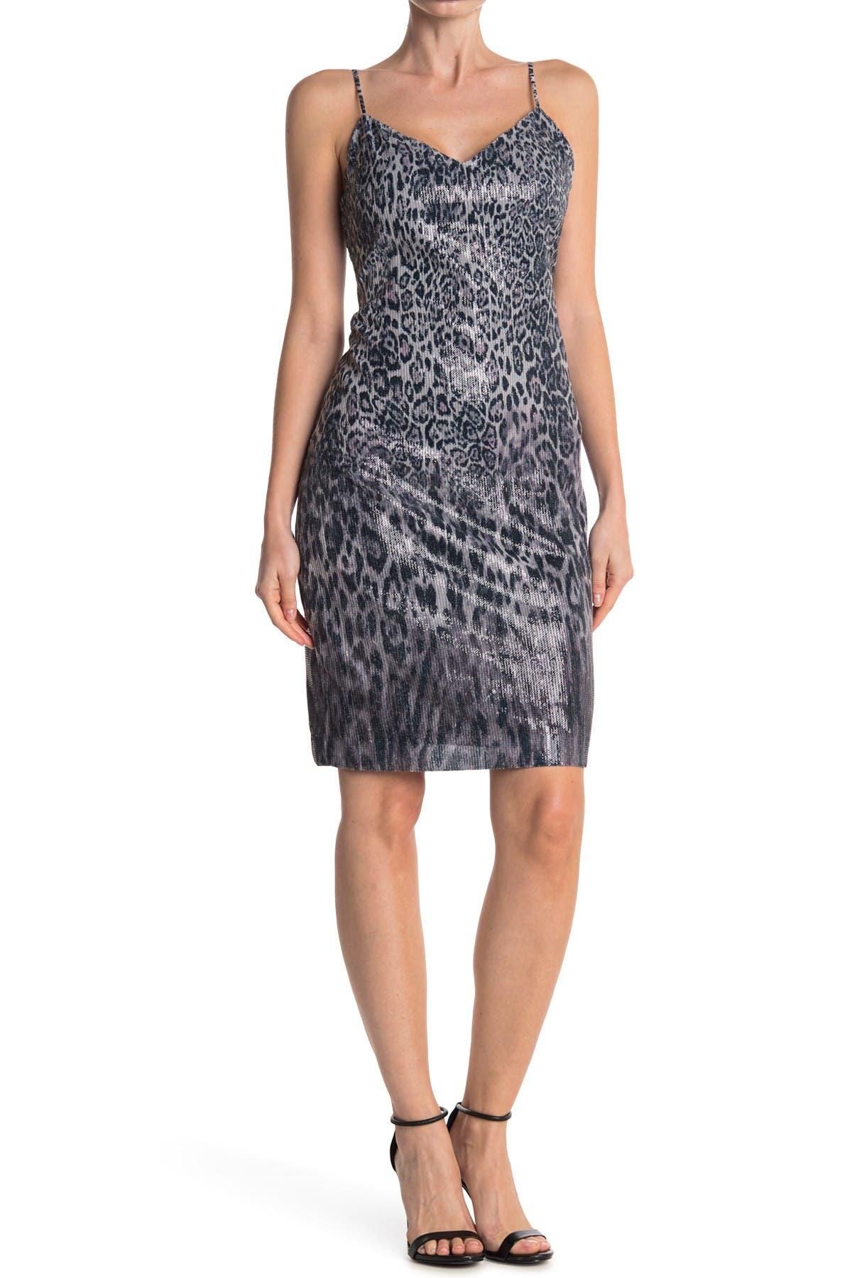 Image of Elie Tahari Yesmina Leopard V-Neck Dress
