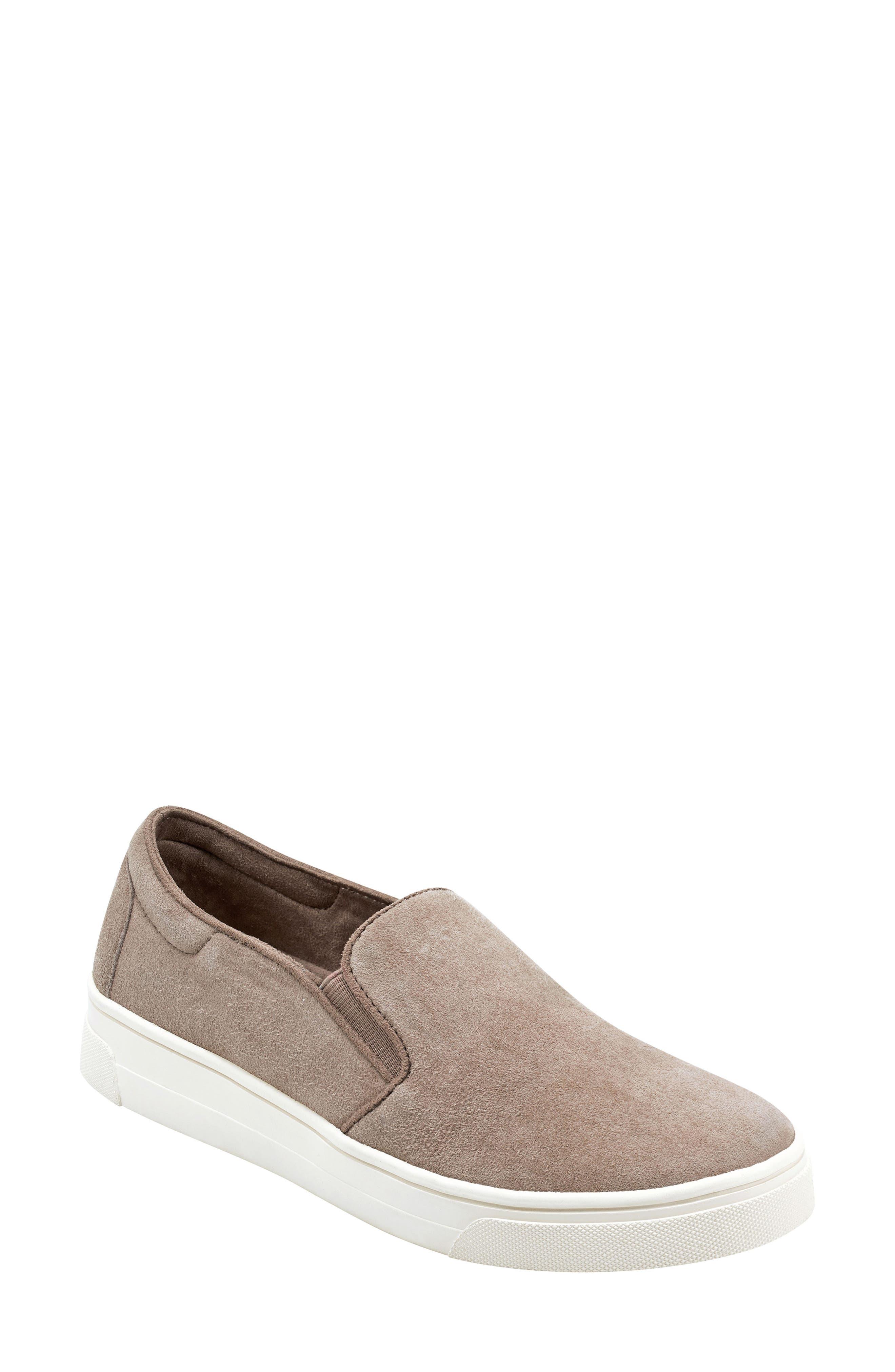 Image of EVOLVE Lack Slip-On Sneaker
