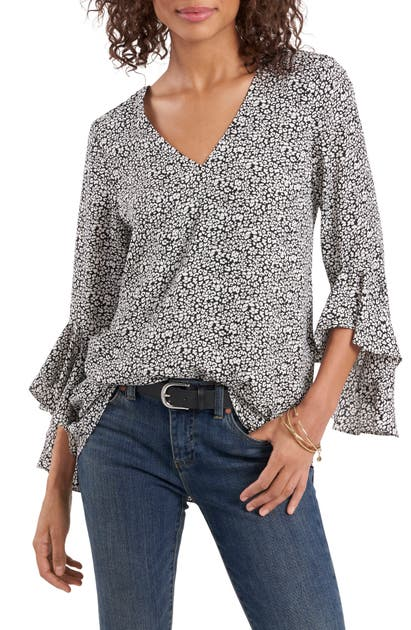 Vince Camuto GROVE IMPRINTS FLUTTER SLEEVE BLOUSE