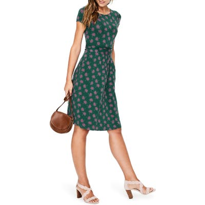 Petite Boden Amelie Palm Print Jersey Fit & Flare Dress, Green
