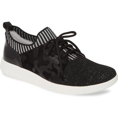 Johnston & Murphy Tamara Low Top Sneaker, Black
