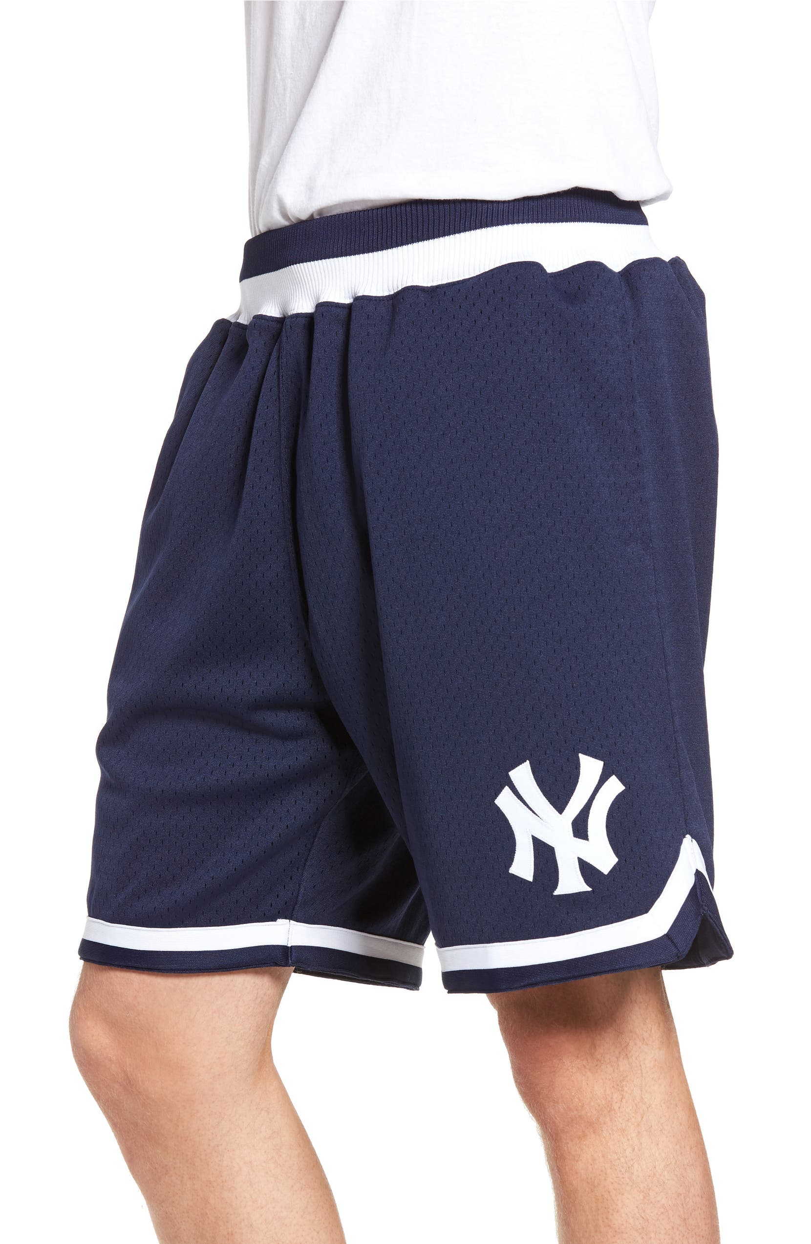 brand new 2ed73 eb542 Mitchell & Ness Playoff Win New York Yankees Mesh Warm-Up ...