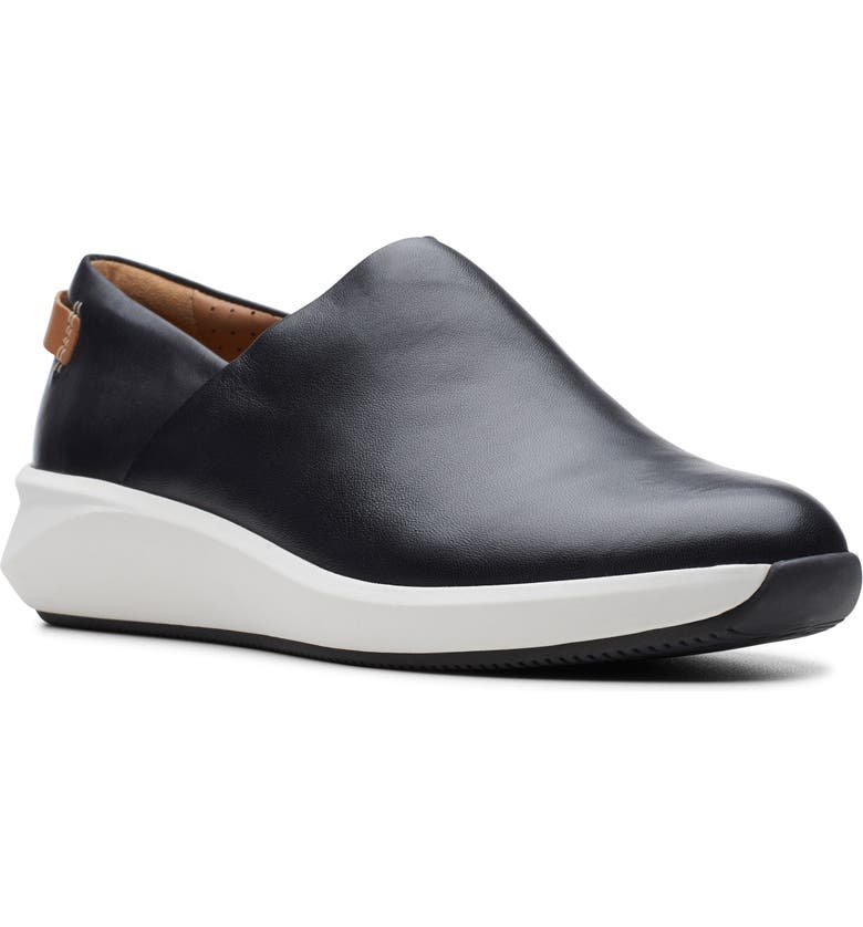 CLARKS<SUP>®</SUP> Un Rio Rise Sneaker, Main, color, BLACK LEATHER