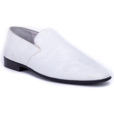 Badgley Mishcka Blaine Loafer- White