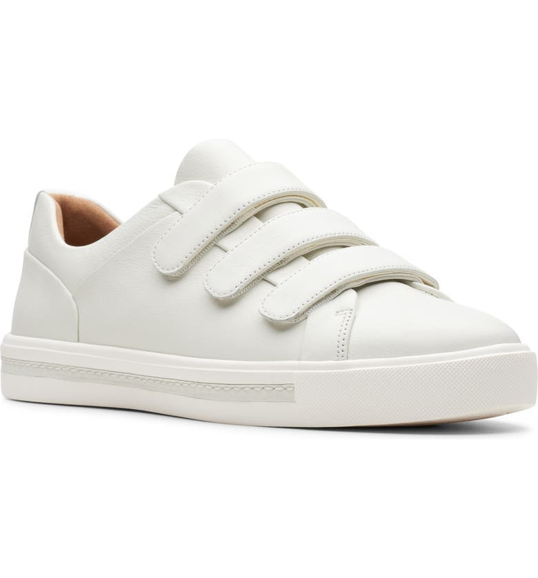 CLARKS<SUP>®</SUP> Un Maui Strap Sneaker, Main, color, WHITE LEATHER