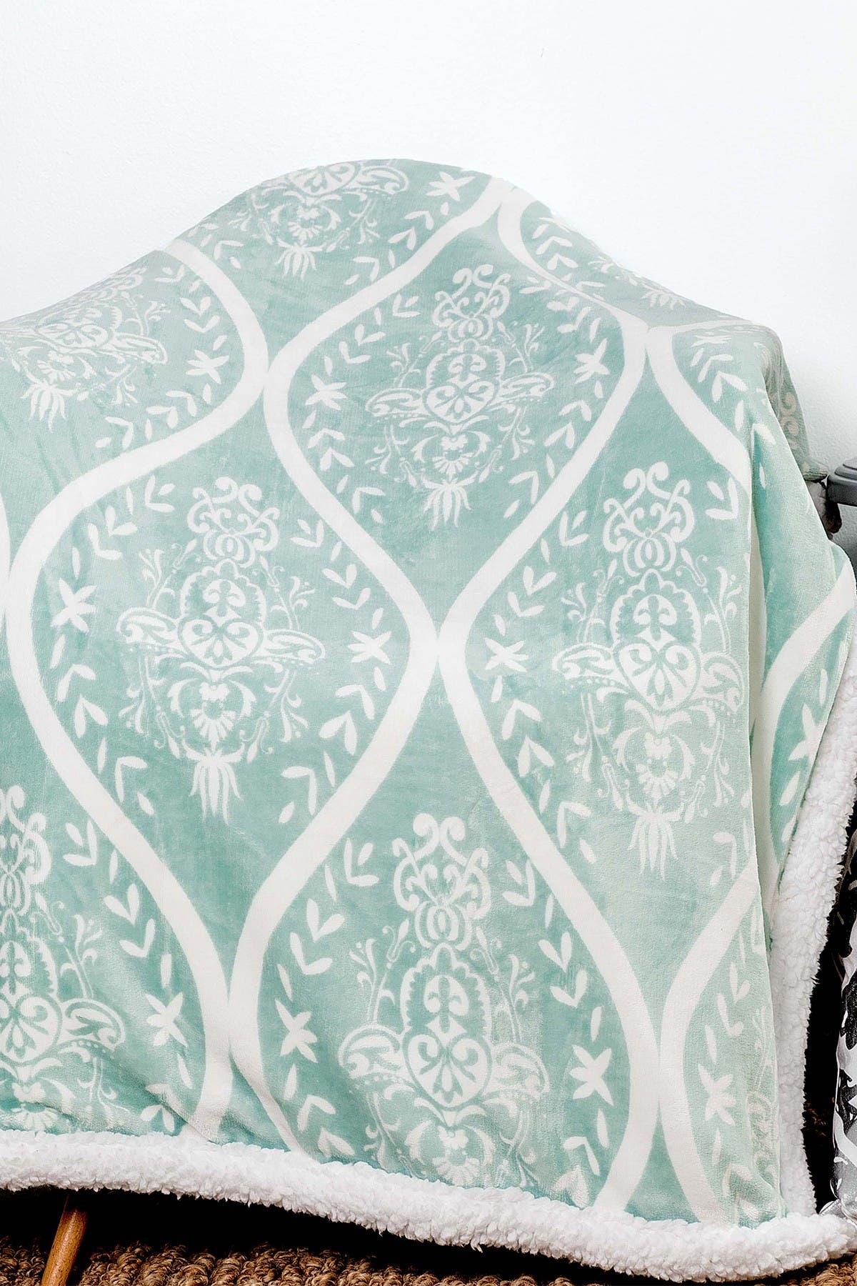Image of Duck River Textile Kerchner Fleece Throw - Cool Mist