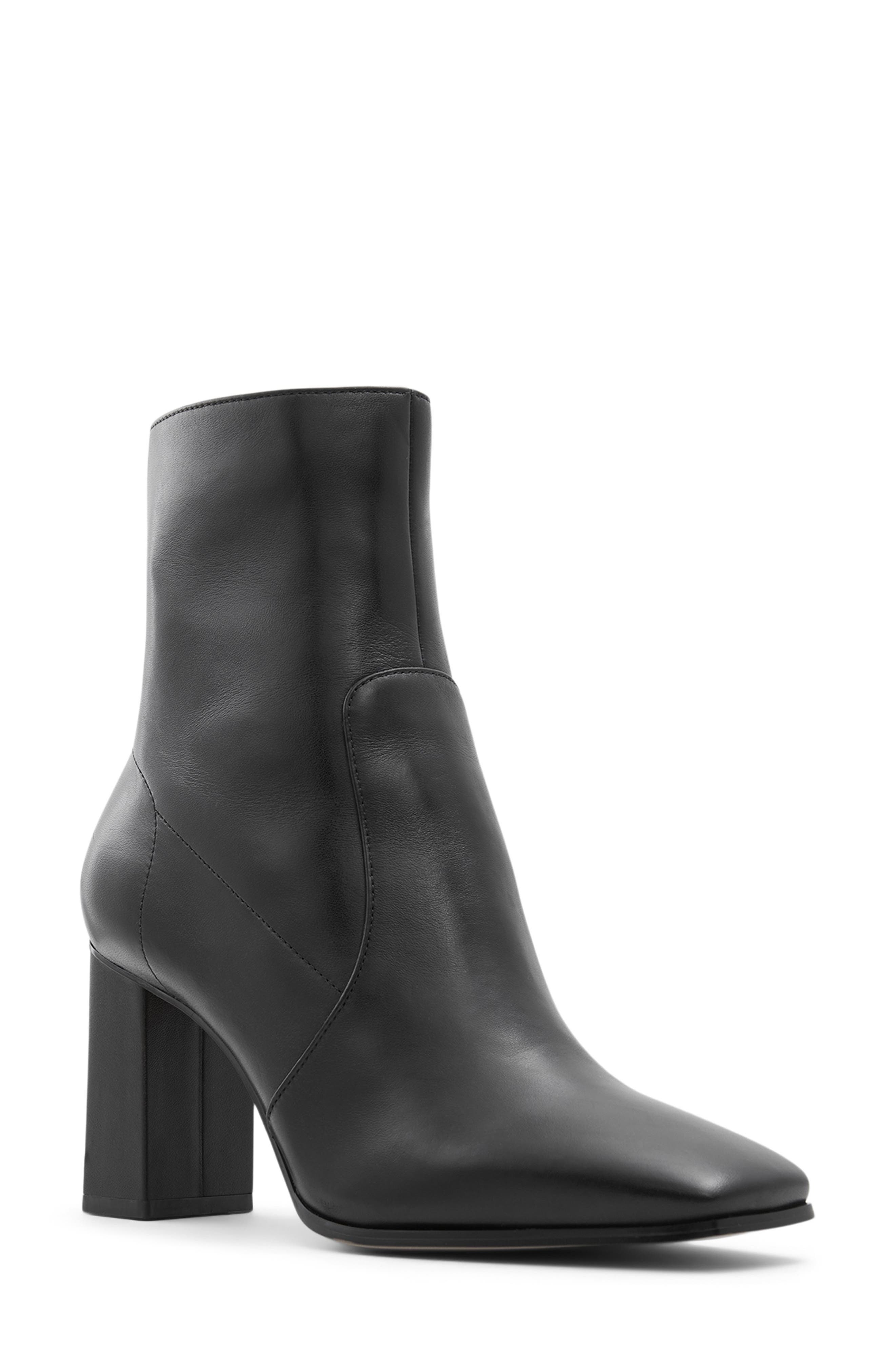 Theliven Bootie