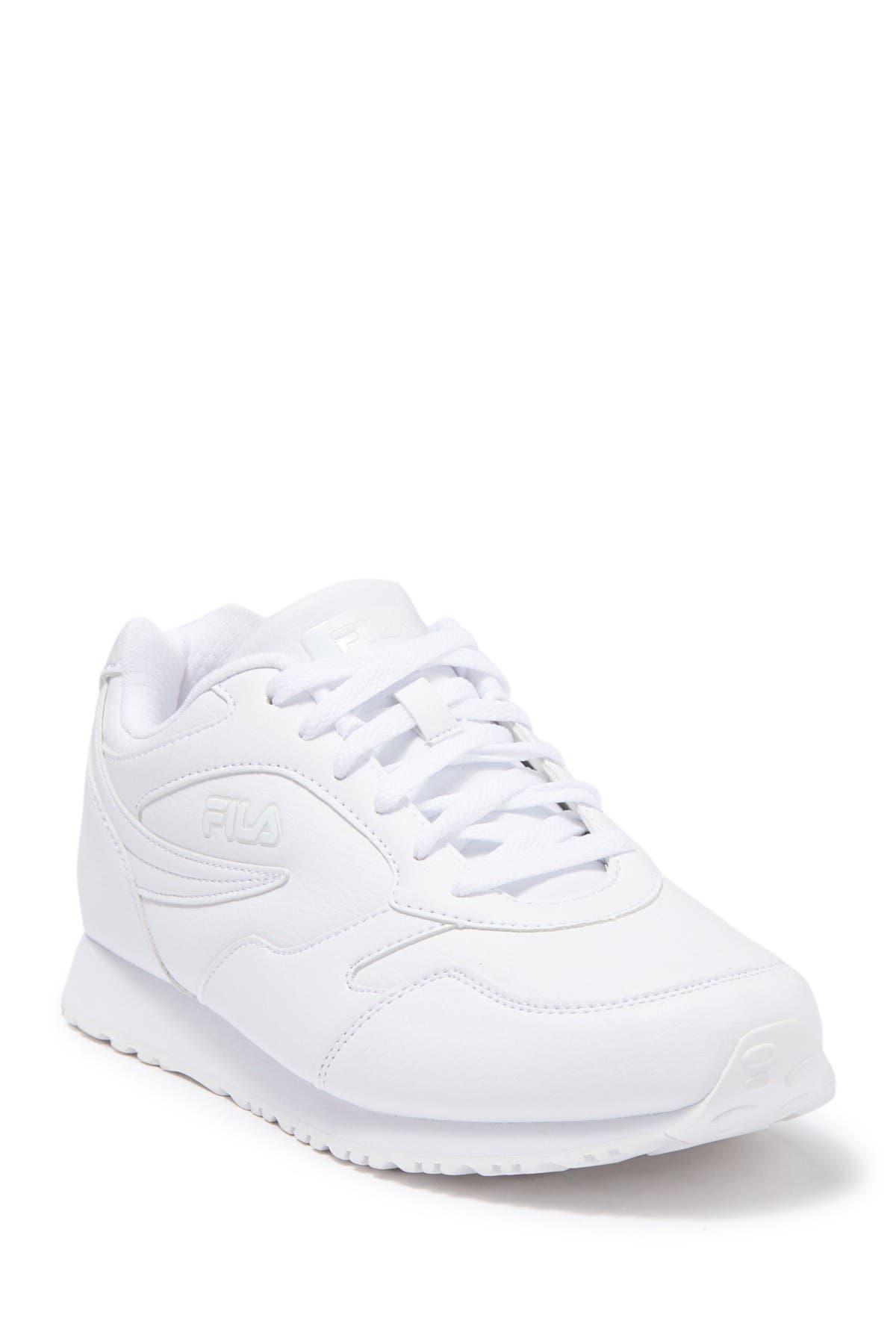 FILA USA | Classico 18 Sneaker