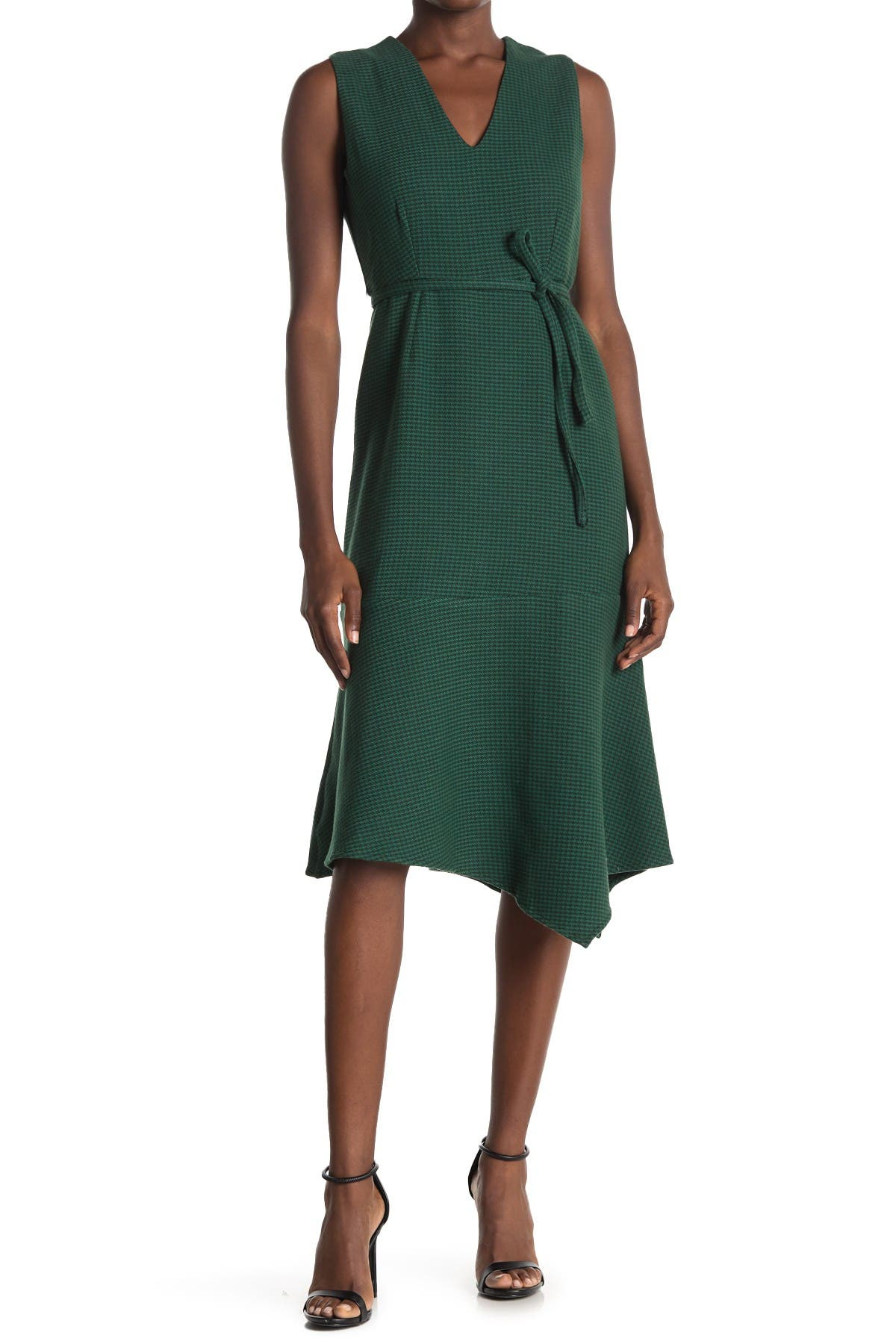 Image of Maisie Bennett Houndstooth Sleeveless Midi Dress