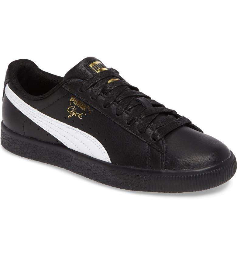 new concept fd9d0 d9d3d Clyde Core Foil Sneaker