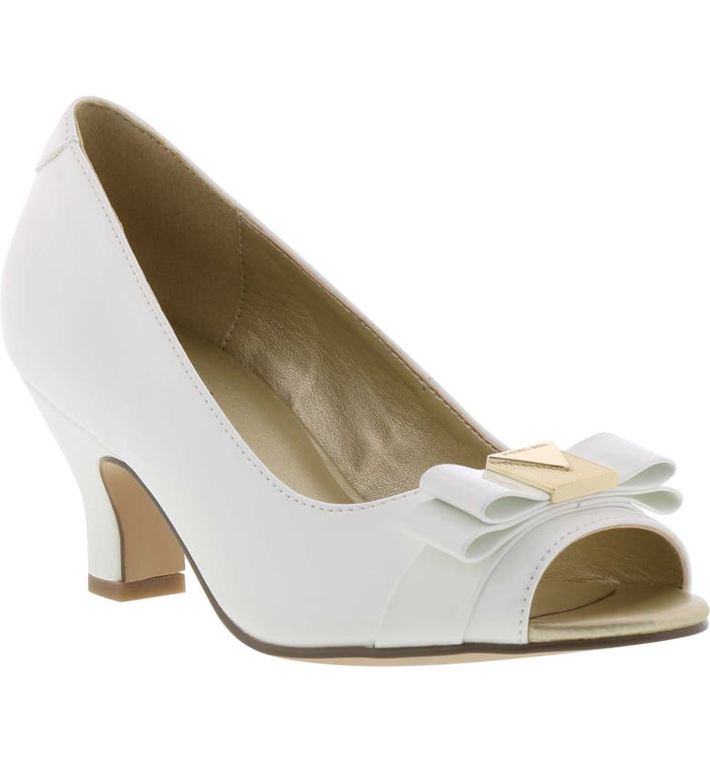 MICHAEL MICHAEL KORS Mikayla Mercer Pump, Main, color, 140
