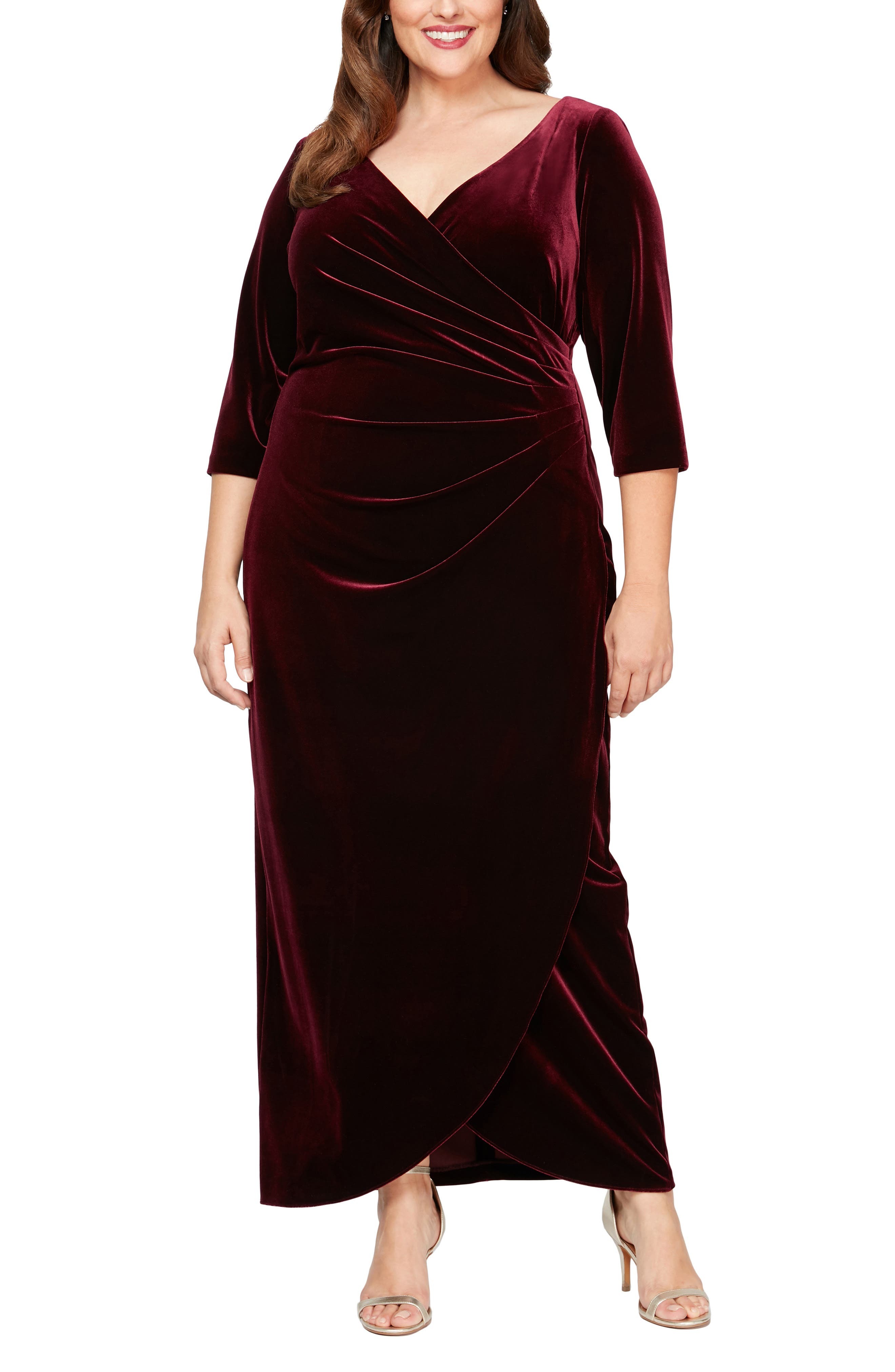 1950s History of Prom, Party, and Formal Dresses Plus Size Womens Alex Evenings Velvet Dress $125.30 AT vintagedancer.com