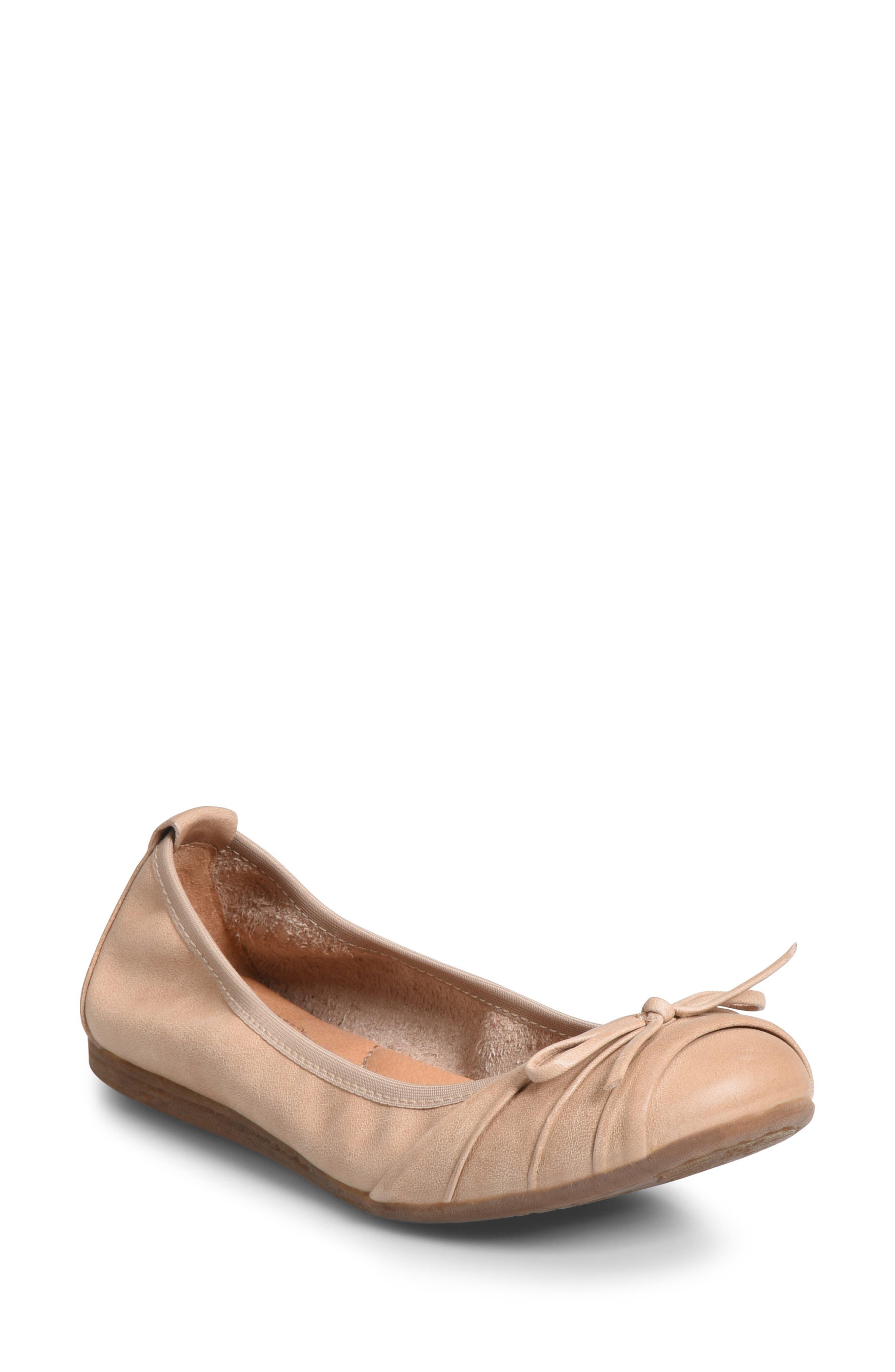 B?rn Chelan Ballet Flat- Beige
