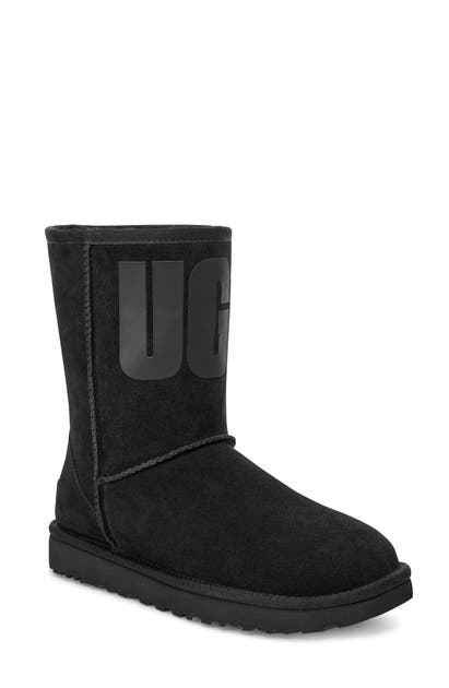 Ugg Boots UGG CLASSIC SHORT LOGO BOOT