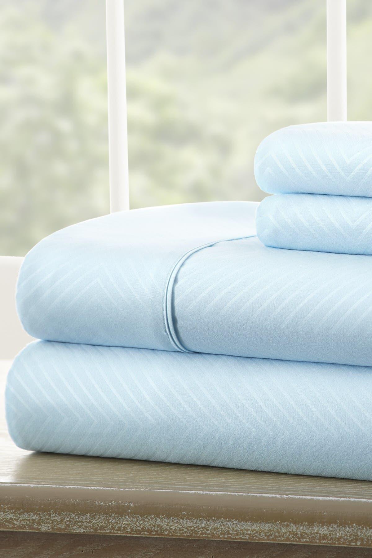 Image of IENJOY HOME King Hotel Collection Premium Ultra Soft 4-Piece Chevron Bed Sheet Set - Aqua