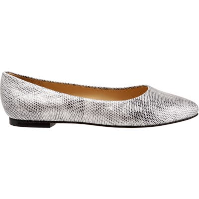 Trotters Estee Pointed Toe Flat, WW - Metallic