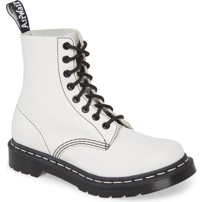 Dr. Martens 1460 Pascal Boot, White