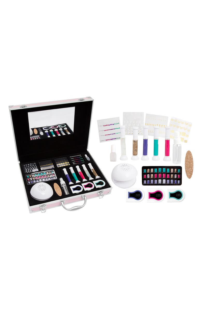 FAO SCHWARZ Pampered Play Day Spa Beauty Set, Main, color, MULTI