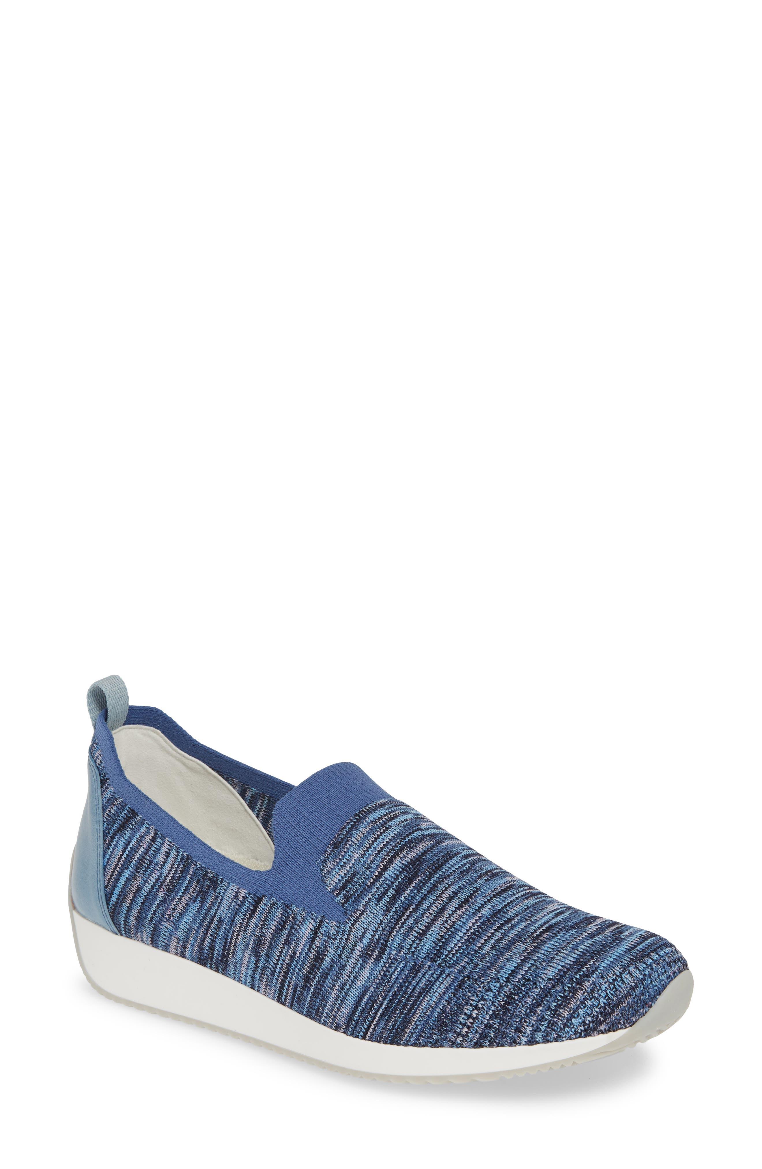 Leena Sneaker
