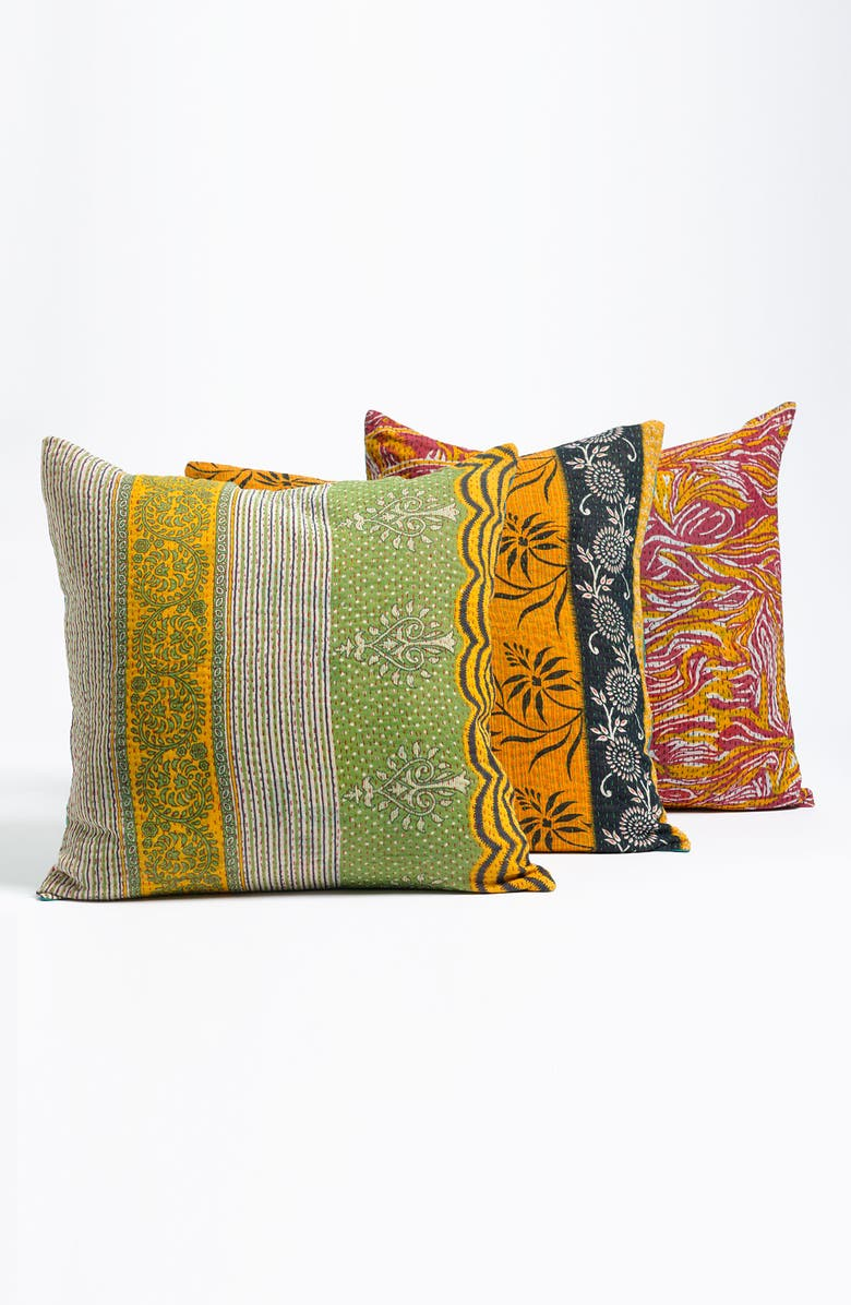 RIZZY HOME 'Kantha' Pillow, Main, color, 960