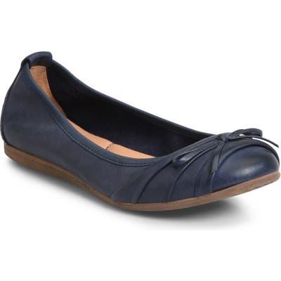 B?rn Chelan Ballet Flat, Blue