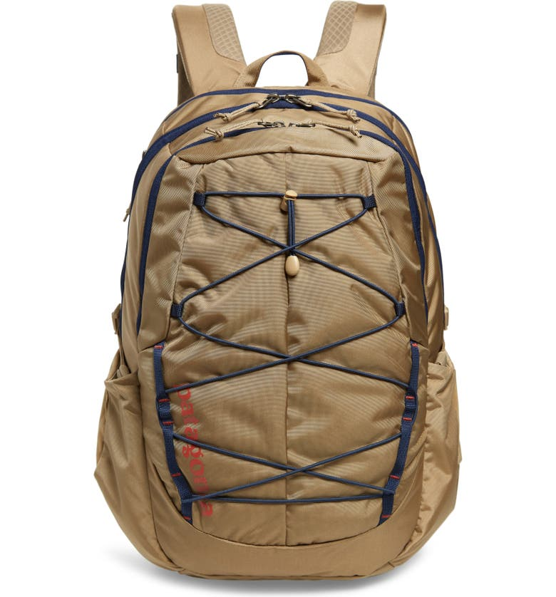 PATAGONIA Chacabuco 15-Inch Laptop 30-Liter Backpack, Main, color, MOJAVE KHAKI/ CLASSIC NAVY
