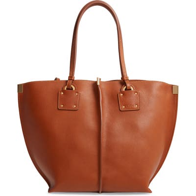 Chloe Vick Leather Tote - Brown