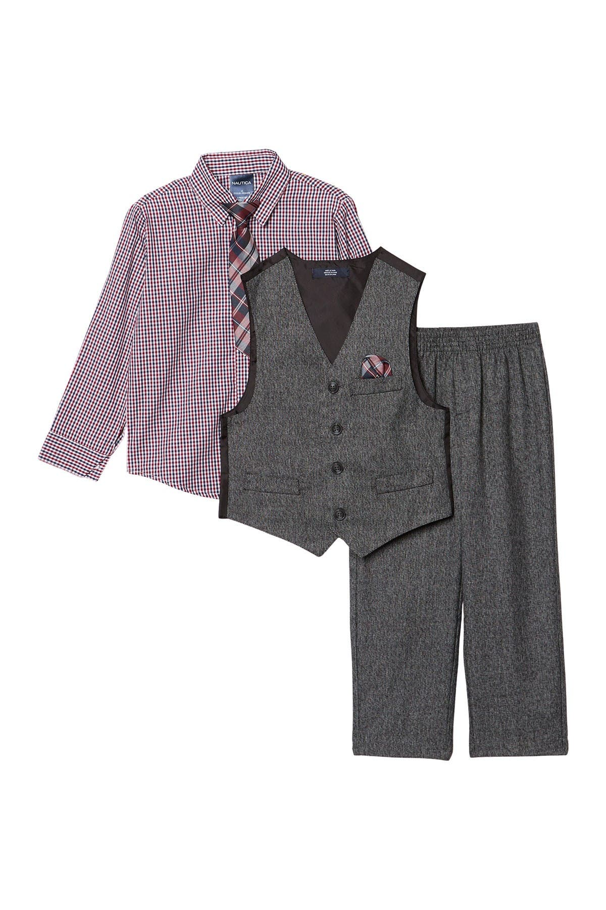 Image of Nautica Holiday Twist Vest Set