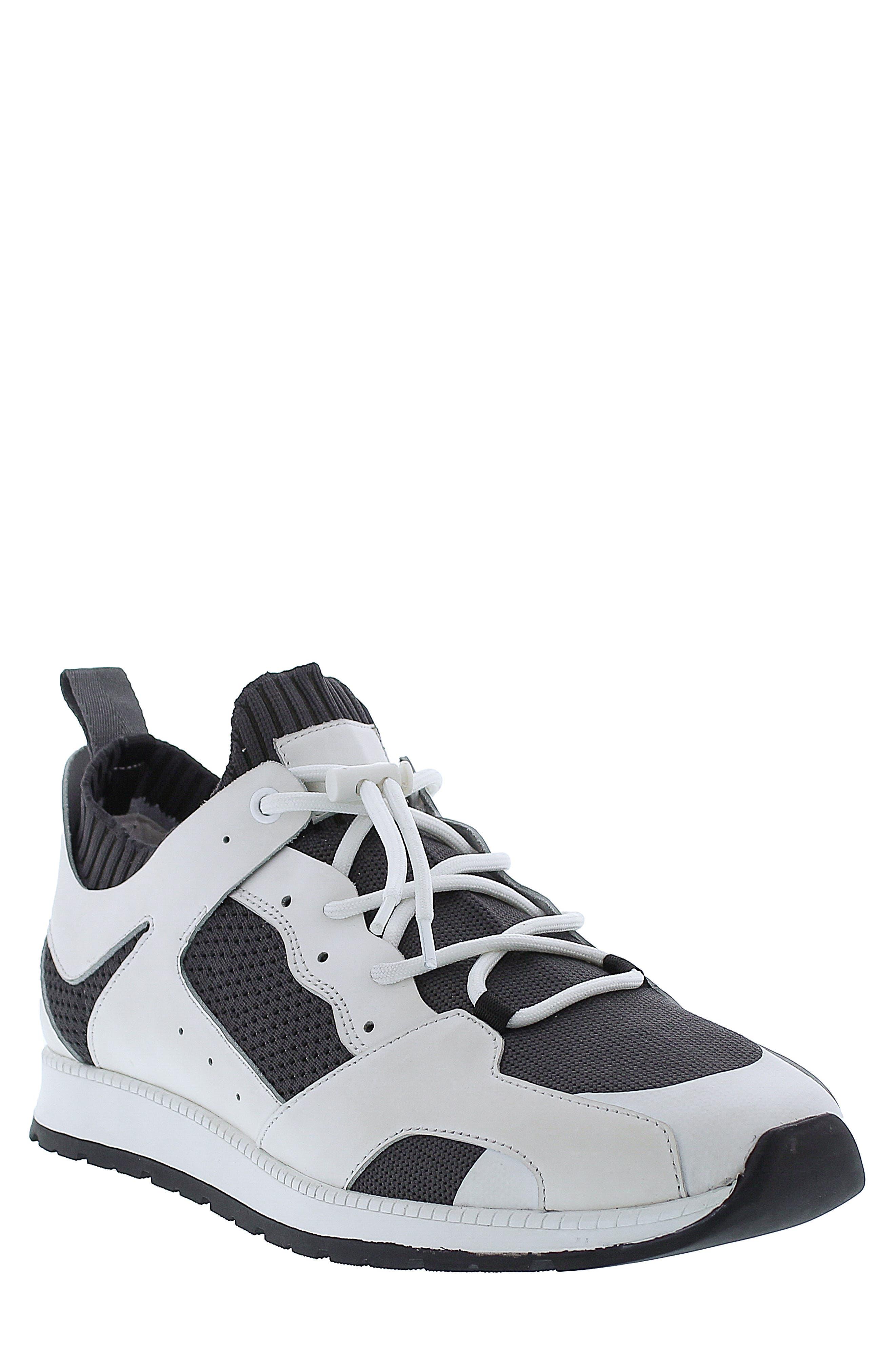 Dax Sneaker