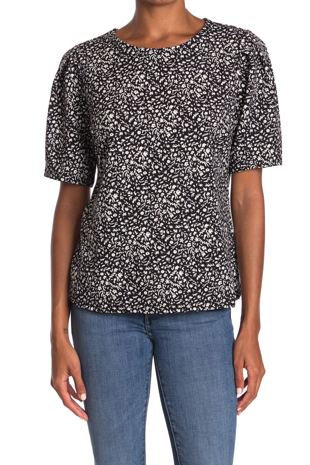 Image of MELLODAY Ditsy Puff Sleeve Top