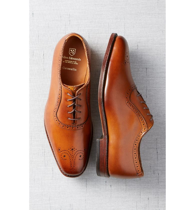 ALLEN EDMONDS 'Cornwallis' Medallion Toe Oxford, Main, color, 030