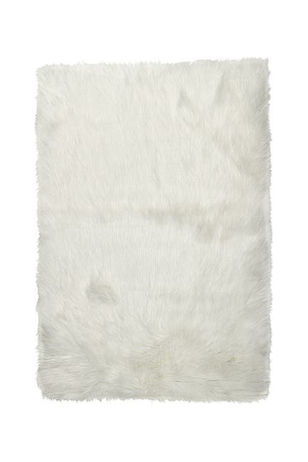 Image of LUXE Hudson Faux Fur Area Rug/Throw - 3ft. x 5ft- Off White
