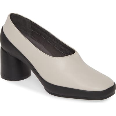 Camper Upright Column Heel Pump, Beige