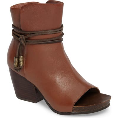 Otbt Open Toe Bootie, Brown