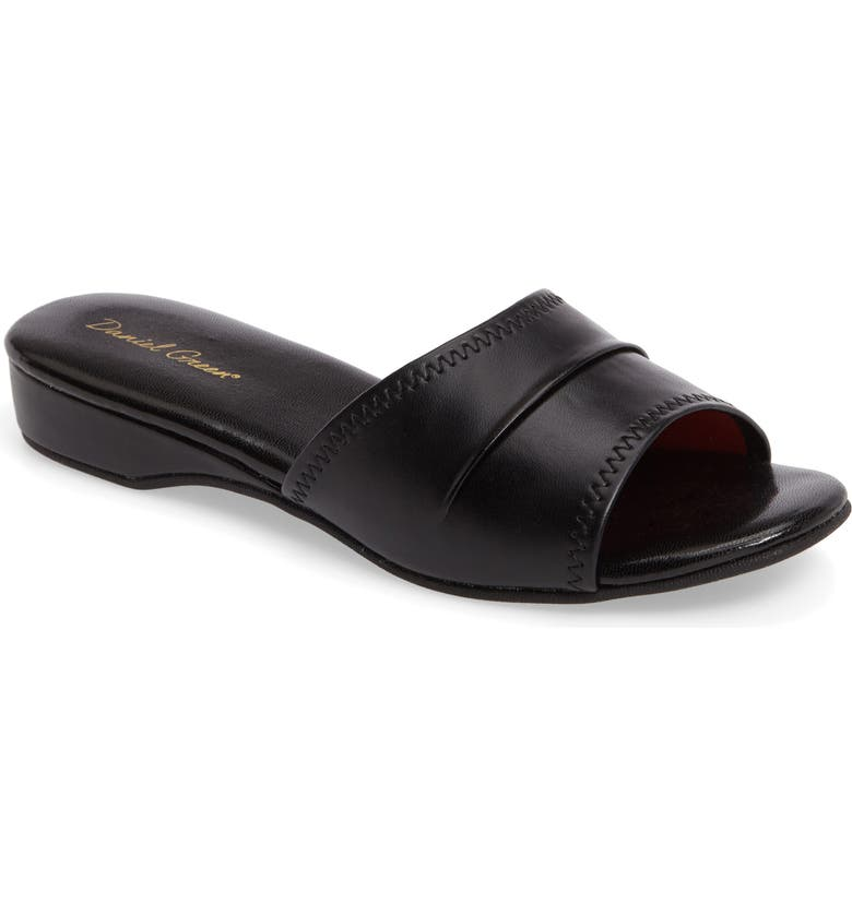 DANIEL GREEN 'Dormie' Slipper, Main, color, BLACK