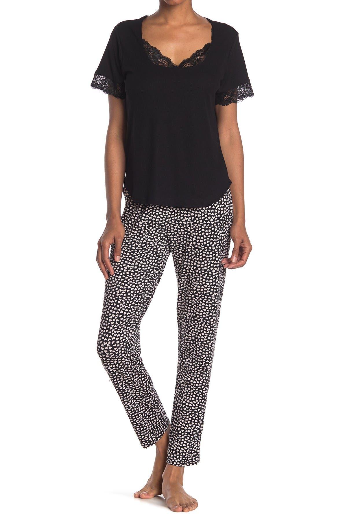 Image of Flora by Flora Nikrooz Lexie Lace Trim Top & Heart Print Pants 2-Piece Pajama Set