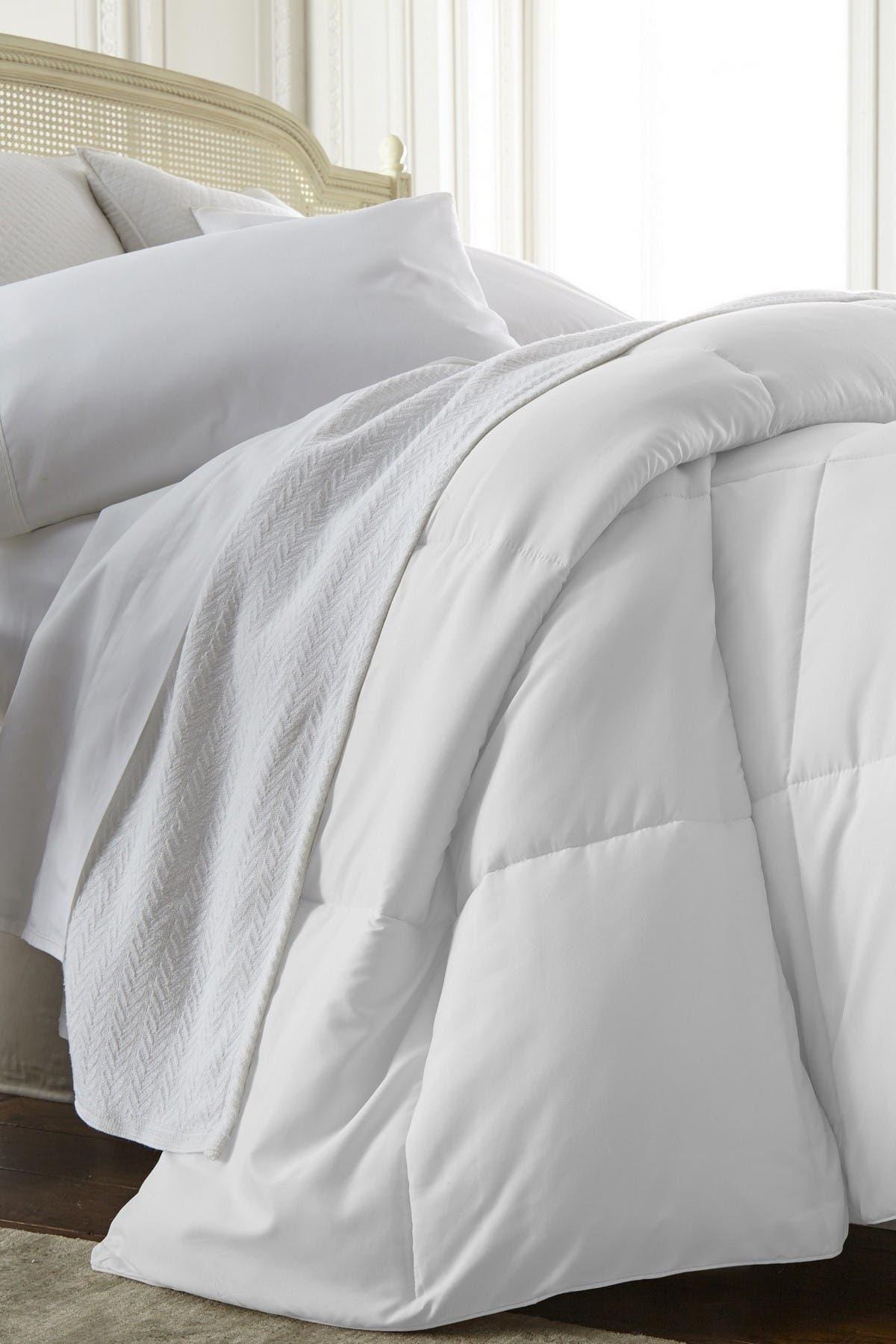 Image of IENJOY HOME Home Spun All Season Premium Down Alternative Twin Comforter - White