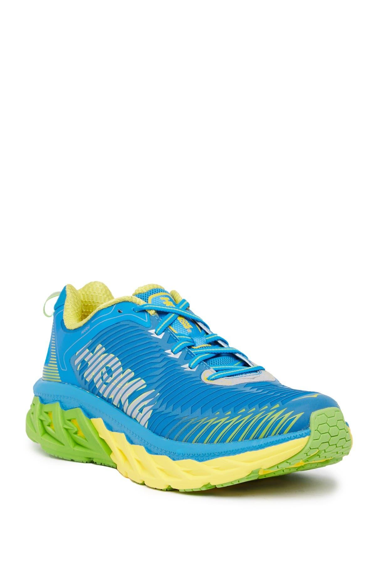 HOKA ONE ONE   Arahi Sneaker