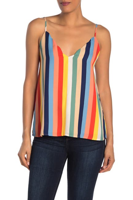 Image of Socialite Scalloped V-Neck Camisole