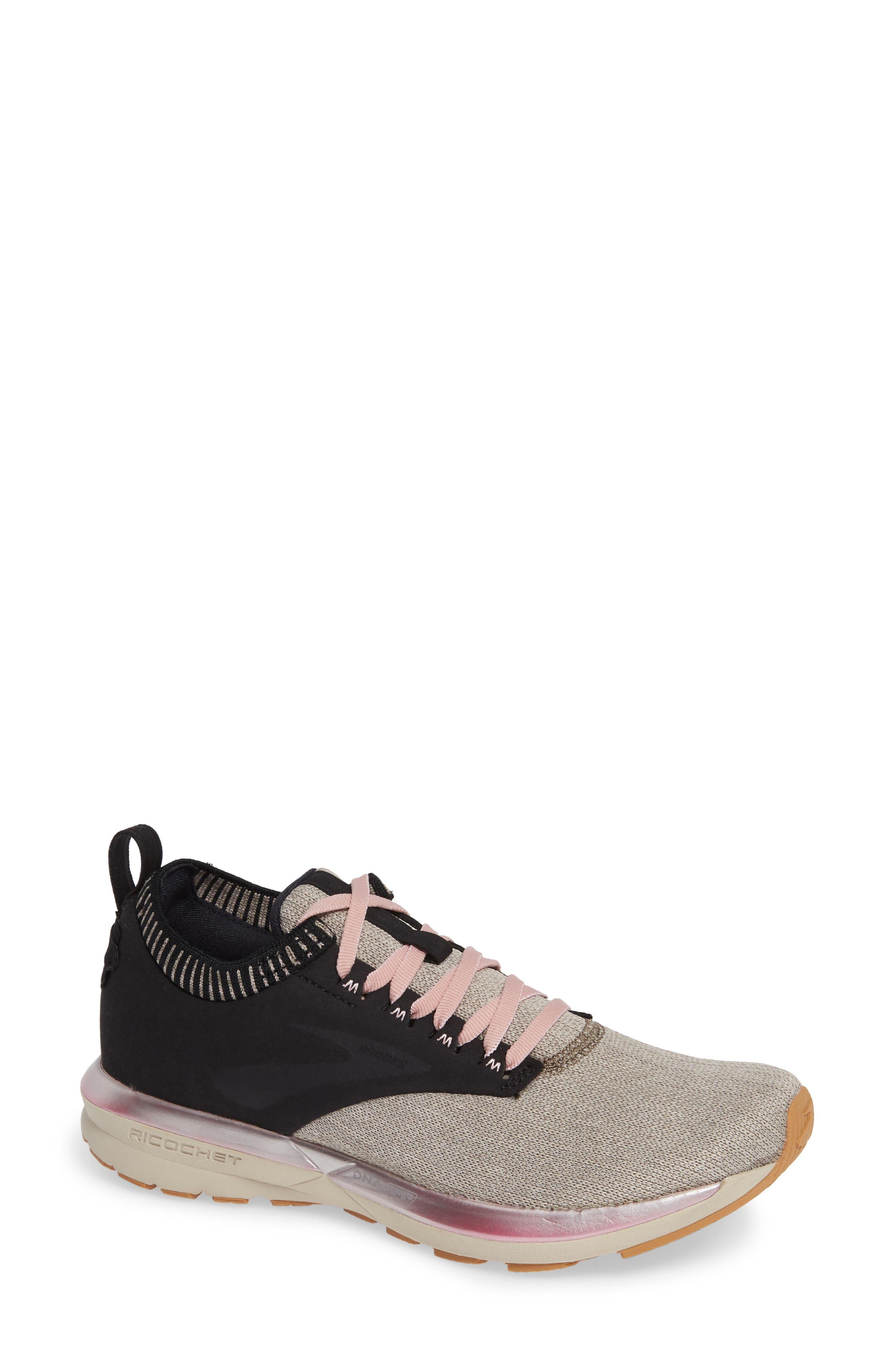 Brooks Ricochet Le Running Shoe, Black
