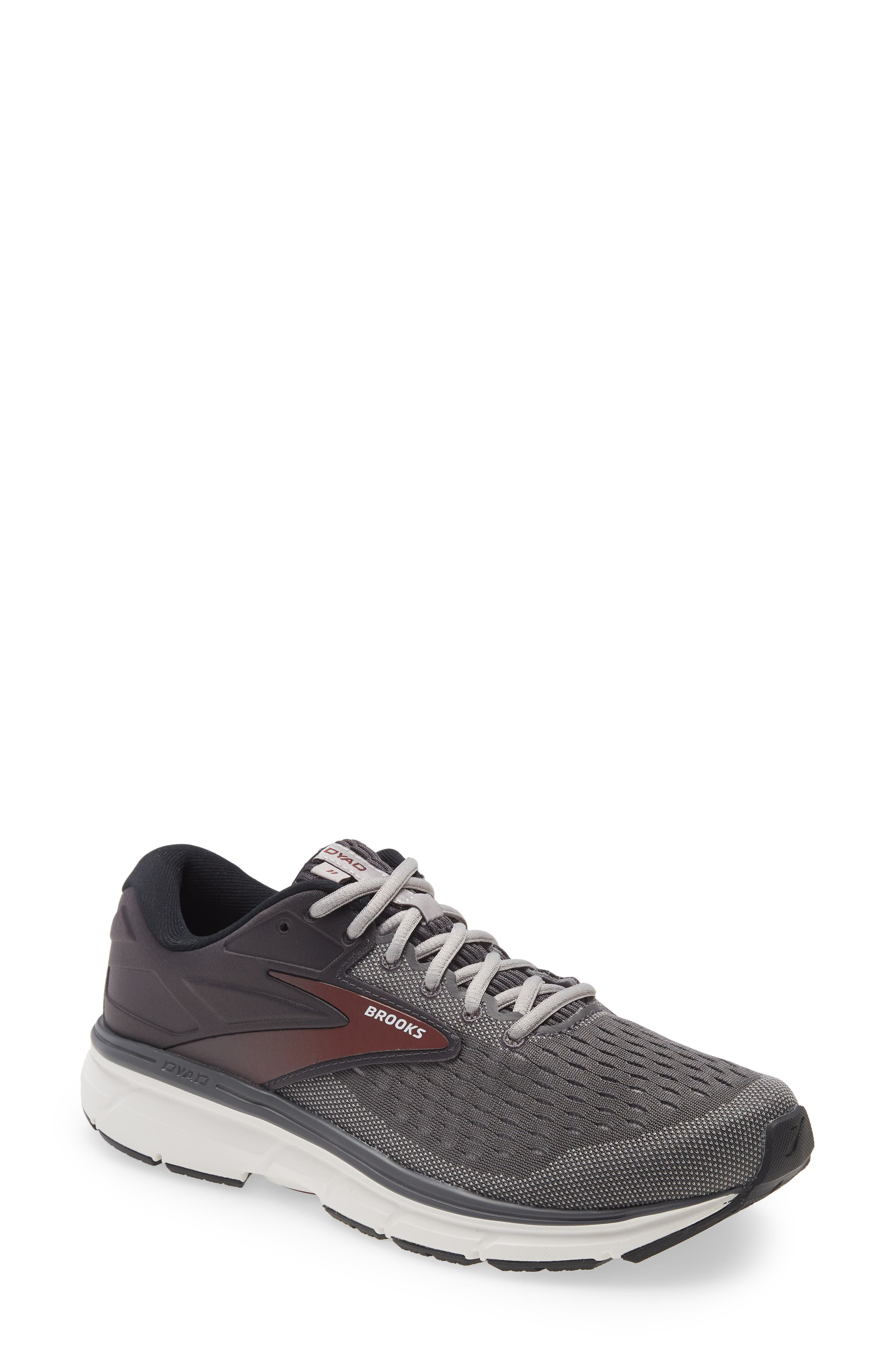 Dyad 11 Running Shoe