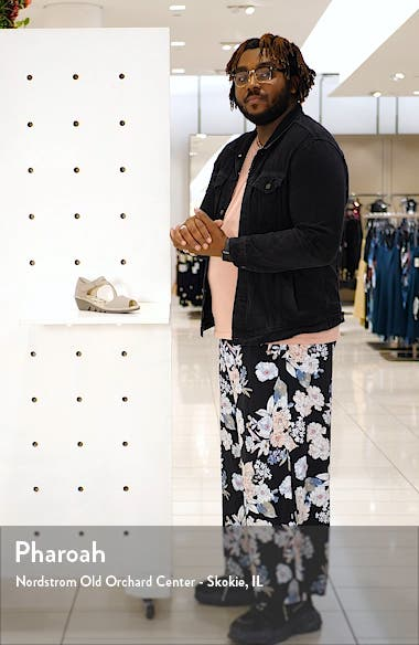 Pona Wedge Sandal, sales video thumbnail