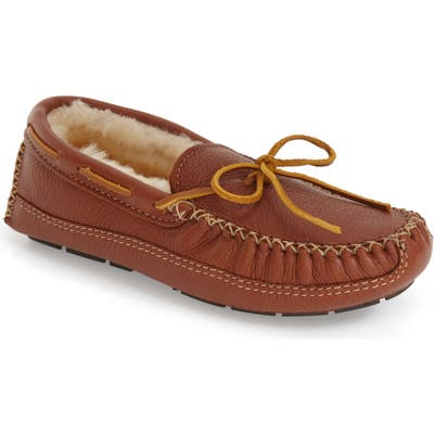 Minnetonka Genuine Shearling Leather Slipper, Brown