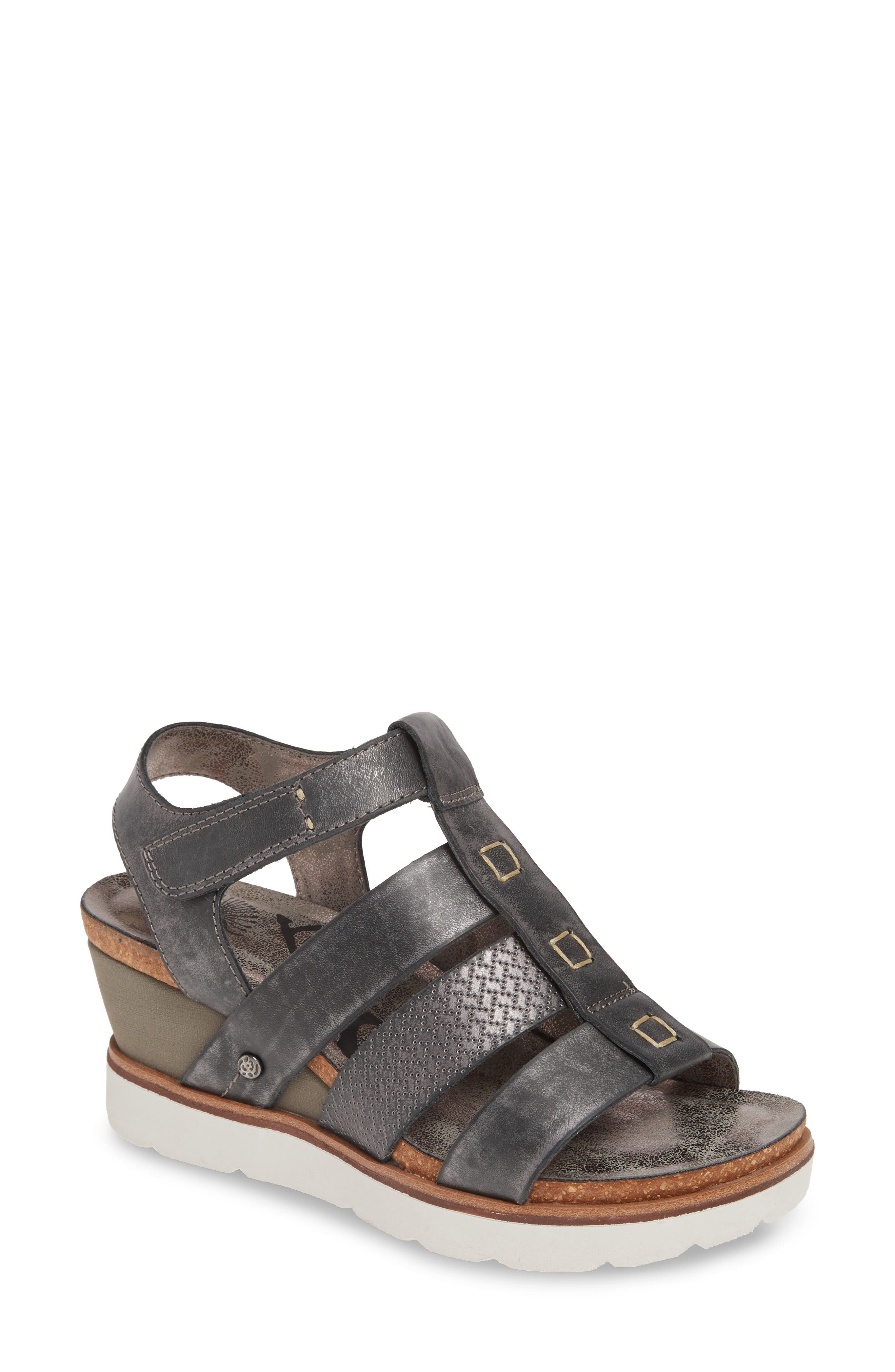 OTBT New Moon Wedge Sandal (Women)
