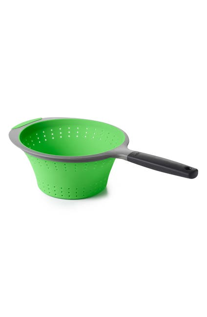 Image of Oxo 2 qt. Collapsible Strainer