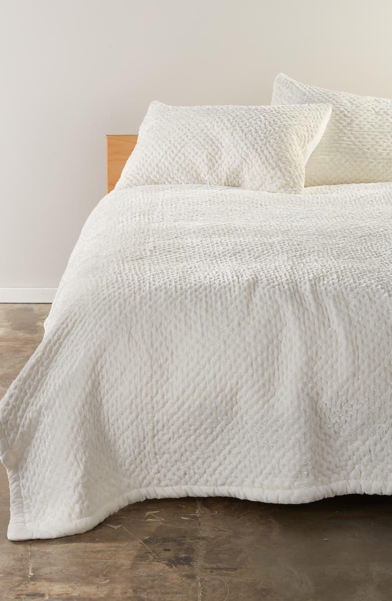 NORDSTROM Cross Stitch Velvet Quilt, Main, color, 900