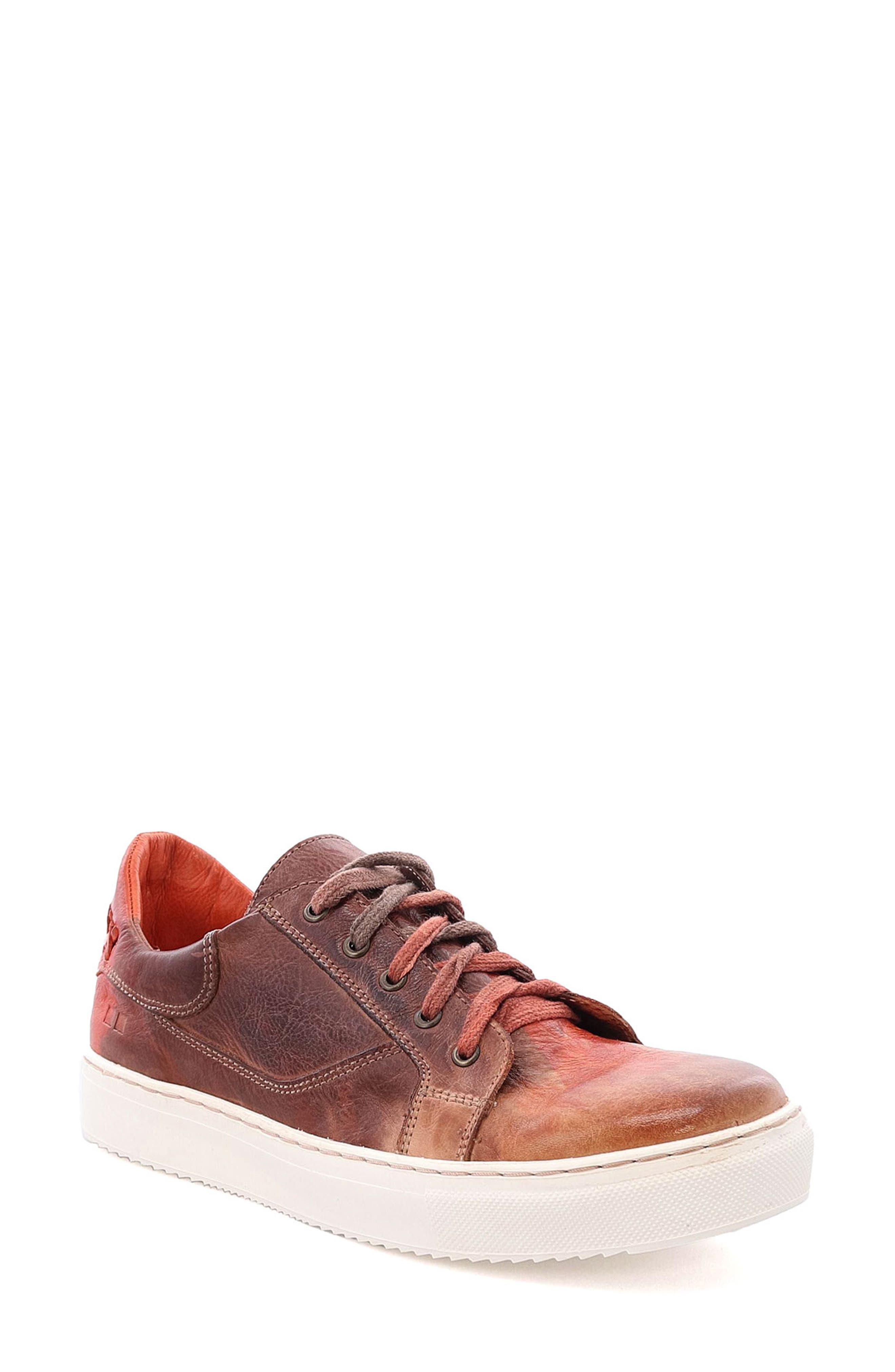 Azeli Leather Sneaker